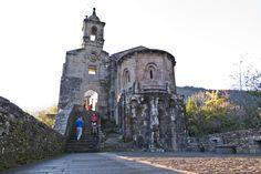 Mosteiro de Caaveiro en A Capela, Galicia