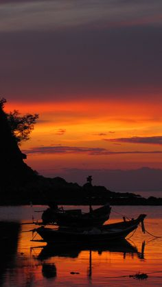Sunset in Kho Pagnan. Thailand