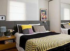 Resultado de imagem para quarto  com a cama com a cabeceira encostada na janela
