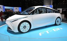 2014 Toyota FT-Bh Hybrid Concept - review and spec