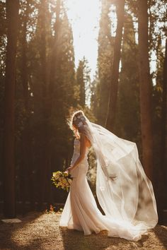 bridal photography - photo by Ed Peers Photography http://ruffledblog.com/italian-wedding-with-old-world-european-charm