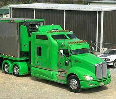 Kenworth custom with matchin reefer Big Rig Trucks, Semi Trucks, Cool Trucks, Custom Big Rigs, Custom Trucks, Truck Camper, Tow Truck, Heavy Construction Equipment, Heavy Equipment