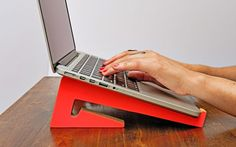 Cactusmade.com Soporte para notebook portátil. Portable Laptop sand.