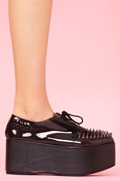 stinger spikes in black, MUST HAVE when dollahs are available