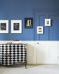 Duo-toned walls and checkered chests got us like woah! 😍 #LinkInProfile [📷: @imelyates] #blueandwhiteforever #OKLColorStory
