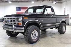 ford trucks old Classic Ford Trucks, Ford 4x4, Ford Pickup Trucks, Jeep Truck, 4x4 Trucks, Diesel Trucks, Cool Trucks, Chevy Trucks, Lifted Trucks