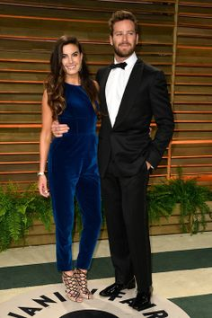 Elizabeth Chambers in a classic blue velvet jumpsuit - 2014 Vanity Fair Oscars after-party