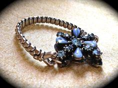 Something blue vintage bracelet by JNPVintageJewelry on Etsy, $75.00