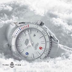 NOW LIVE ONLINE: The 37.5mm Sochi Olympics Ltd Edn Seamaster is one of the Olympic watches we're featuring in a story about the quite genius (in that it's subdued but interesting) new Speedmaster Mark II Rio Edn. Do we wish they'd done this arctic cr