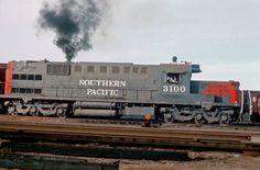 Southern Pacific Alco RSD15.