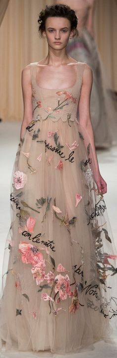 Valentino beautiful flower adorned fairy wedding or ball gown romantic gypsy style that frida would have loved