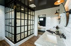 Contrast between black and white for bathroom