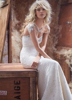 Hayley Paige Spring 2014 collection   In White