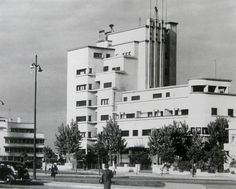Mid XXth century Bucharest modernist heritage in danger / Bazaltin Building, built in architect Marcel Iancu. Marcel, Art Deco, Multi Story Building, Dan, Buildings, Memories, Anatomy, Posts, Bucharest