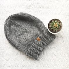 UNISEX Junkbox grey beanie slouchy urban by JunkboxCouture Grey Beanie, Knitted Hats, Urban, Unisex, Knitting, Trending Outfits, Unique Jewelry, Handmade Gifts, How To Make
