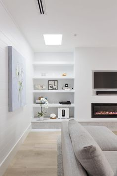Trendy living room designs on a budget furniture 70 ideas Living Room Decor On A Budget, Living Room White, Living Room Remodel, White Rooms, New Living Room, Living Room Modern, Living Room Designs, Tv Wall Ideas Living Room, Modern Lounge Rooms