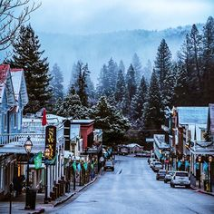 Happy Small Business Saturday.  Did you know the Outside Inn has been a family owned business for the last 21 years?  I have so much gratitude for the opportunity to be a part of the Nevada City community.  Shop local, support local, lots of great ways to spread joy this holiday season.  And if you have extra holiday guests and you want to come stay with us tonight, we have rooms! ———— #visitnevadacity  #Regram via @B5k-ZMhnNjO The Christmas Card Movie, Extra Holidays, Grass Valley, Nevada City, Small Business Saturday, Support Local, Shop Local, Northern California, Gratitude