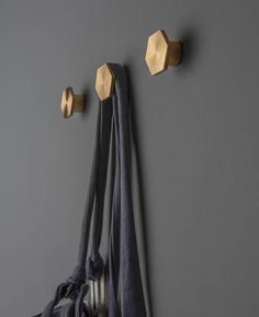 brass home accessories A Bauhaus hook is a chic minimalist hook thats perfect for using as a hook for our wall lamps, to hang coats and even hats. Coat Hooks Hallway, Entryway Hooks, Coat Hooks On Wall, Door Hooks, Hallway Closet, Closet Space, Decorative Coat Hooks, Modern Coat Hooks, Brass Coat Hooks