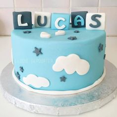 iletaitunefoisunregard.wordpress.com Baby Shower Cake Boy cake Baby Cake Blue cake Cake design