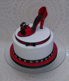Birthday Cake Designs Shoes : 1000+ images about Shoe Lover s Cakes on Pinterest Shoe ...