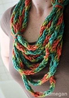 Viking Crafts: A Lucetted Necklace/Scarf - Radmegan
