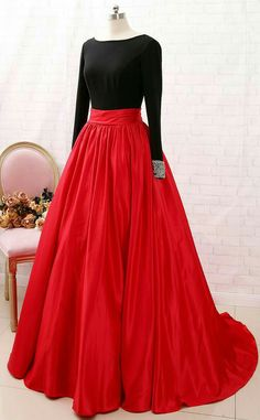 Gown Party Wear, Party Wear Indian Dresses, Indian Gowns Dresses, Dress Indian Style, Indian Fashion Dresses, Party Gowns, Dress Fashion, Red Ball Gowns, Ball Gowns Prom