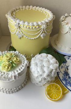 Pretty Birthday Cakes, Birthday Cake Girls, Pretty Cakes, Cute Cakes, Victorian Cakes, Dummy Cake, Pastel Cakes, Fake Cake, Homemade Cake Recipes