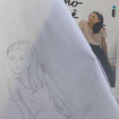 "Practing some sketches like this one that i made based o the ""P.S: I still love you"" (to all the boys i've loved before) books cover 🎨 _______________________________ 🇧🇷 Praticando alguns rascunhos tipo esse q eu fiz baseado na capa de ""PS ainda amo vc"" (para todos os garotos que já amei)🎨 _______________________________ #skecth #rascunbo #art #arte #draw #desenho #book #livro #psistillloveyou #psaindaamovoce #psaindaamovc #toalltheboysivelovedbefore #paratodosgarotosquejaamei #larajean…"