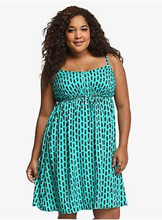 I kinda adore this but I'm just not bold enough to wear this pretty pineapple dress from Torrid