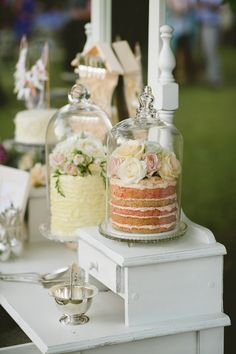 Love this cake display with glass covered naked cakes Candybar Wedding, Wedding Desserts, Wedding Decorations, Elegant Desserts, Fancy Desserts, Elegant Cakes, Cake Decorations, Wedding Favours, Delicious Desserts