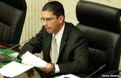Denuncian la otorgación de aumentos salariales en la UPR