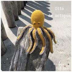 Otto de Octopus handmade by juf Sas met gratis haakpatroon Otto de octopus handmade by juf Sas met gratis patroon Farm Fun, Wale, Amigurumi Toys, Different Styles, Needlework, Knit Crochet, Winter Hats, Crochet Patterns, Knitting
