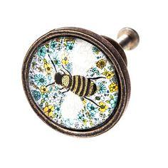 New design bee door knob Drawer Knobs, Door Knobs, Humble Bee, Bee Gifts, Decorative Knobs, Floral Design, Wax, Great Gifts, Doors
