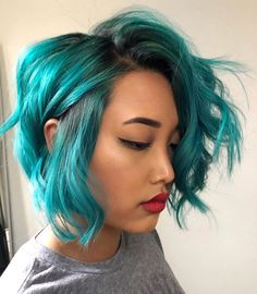 Gorgeous wavy teal bob on by - use our Neptune Pack for your own multidimensional teal look! Short Teal Hair, Dark Teal Hair, Teal Hair Color, Short Dyed Hair, Turquoise Hair, Color For Short Hair, Teal Hair Dye, Neon Hair, Violet Hair