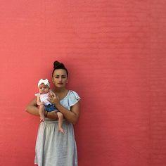 love seeing mama & baby photos || creamy white bow headband