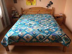 A  jó kikapcsolódás titka, a foltvarrás: Egy elmaradt bejegyzés: így készült el az ágytakar... Comforters, Sew, Blanket, Blog, Furniture, Home Decor, Creature Comforts, Quilts, Decoration Home