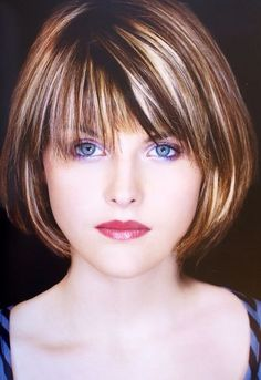 If you are ready for a new haircut then you should definitely give short haircut styles for women a try and you may be surprised at how many heads you turn with your new short hairstyle. Short Hair With Layers, Short Hair Cuts For Women, Medium Hair Styles, Short Hair Styles, Short Bob Haircuts, Short Choppy Hair, Hair Today, Fine Hair, Hair Looks