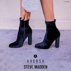 Outfit - Steve Madden Editt black velvet