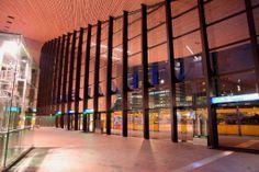 GINVI | Rotterdam Centraal Station binnen - Sebastien Choy