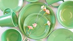 New Fiesta Dinnerware Color Meadow Fiesta Kitchen, Rainbow Kitchen, Vintage Diner, Fiesta Colors, Vintage Kitchenware, Shades Of Green, All The Colors, Dinnerware, Plates