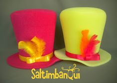Sombrerero Galeras Bombin y corbatas Saltimbanqui rulo Galera alta . Foam Crafts, Wooden Crafts, Hat Day, Pillar Candles, Diy Tutorial, Ideas Para, Planter Pots, Handmade Gifts, Hats