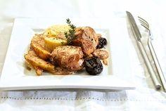 Ψαρονέφρι με κρεμώδη σάλτσα κρασιού, χειμωνιάτικα φρούτα και πούρε