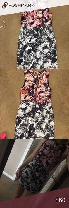 Body con 2 tone floral dress🌸 Can be worn for business or for going out! Worn once, in perfect condition. I'm 5'6 and it is a little short Topshop Dresses Mini