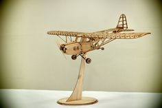復活(revival) is a scale model airplane made with balsa wood