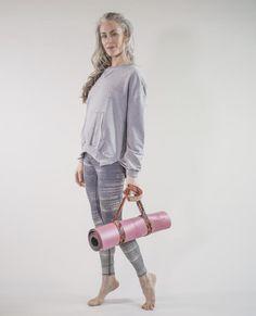 Printed Leggings - Silver Lining Black And White Effect, Seamless Leggings, Yoga Wear, Moon Child, Second Skin, Printed Leggings, Fashion News, Organic Cotton, Gray Color