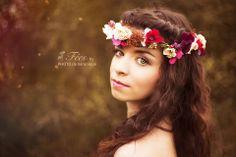 photo: https://www.facebook.com/PhotodeVeronique  headband: Magaela https://www.facebook.com/magaela.sk