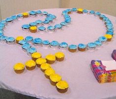 Make an Edible Rosary- Fun for Catholic Kids! Lots of cupcake rosary links.