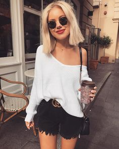 """14.5 k mentions J'aime, 71 commentaires - Laura Jade Stone (@laurajadestone) sur Instagram : """"Love a good comfy knit Wearing @runwayscout """""""