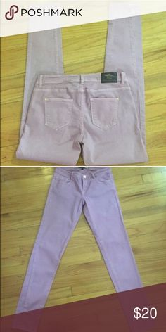 Zara lavender jeans Lavender size 8 Zara Jeans. Perfect condition. Inseam measurement is 32. Zara 5 pocket skinny jeans. Coloring is beautiful. One of a kind color. Zara Jeans Skinny