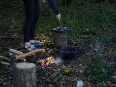 Miscellaneous Adventures: Making dutch oven pizza in the woods.